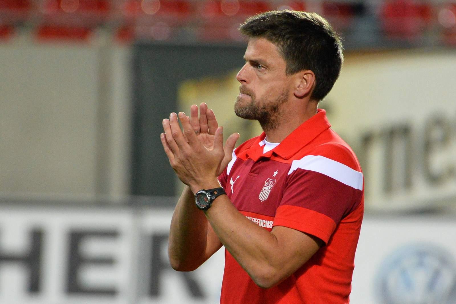 Trainer Torsten Ziegner vom FSV Zwickau