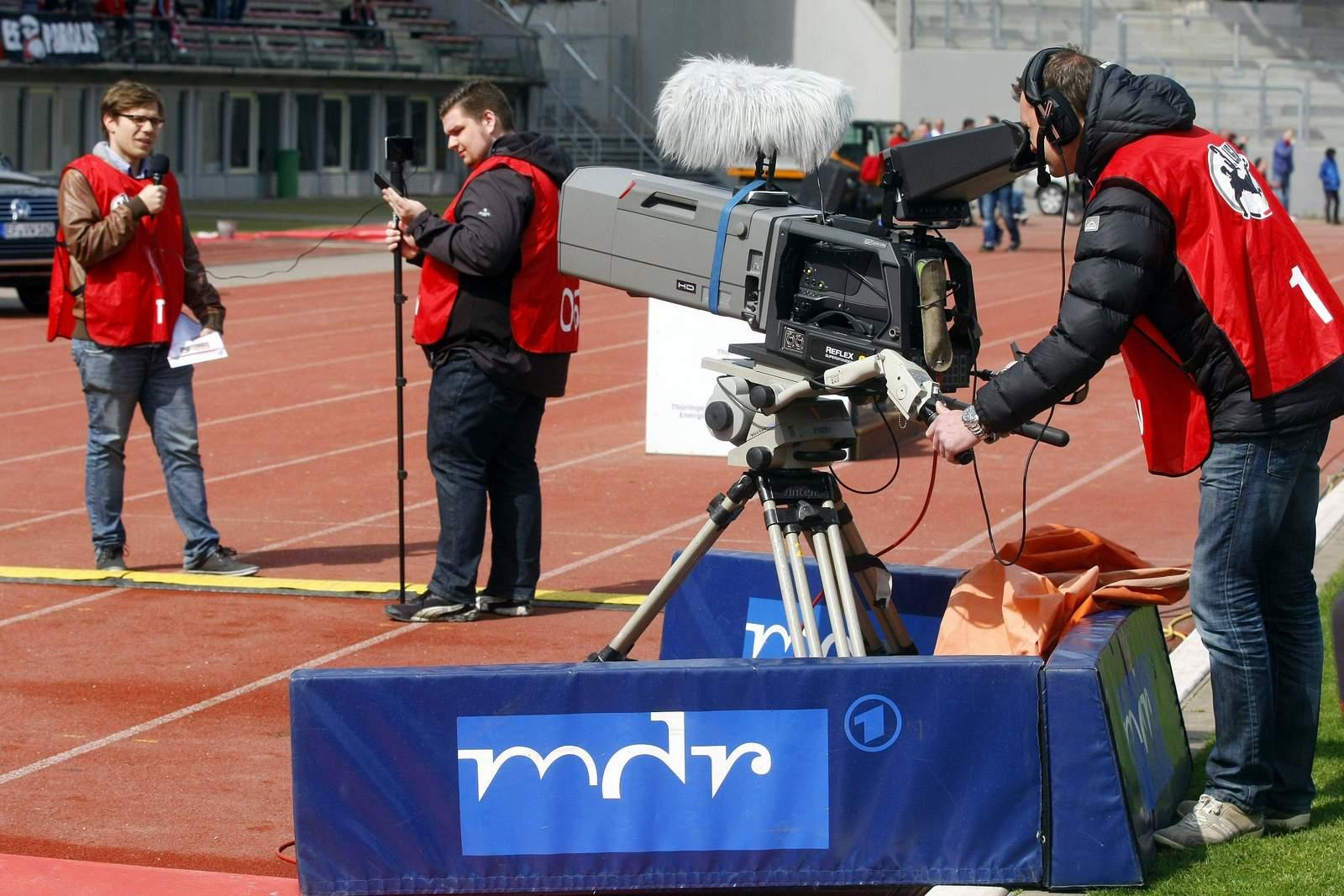 Kamera des MDR bei 3. Liga-Übertragung