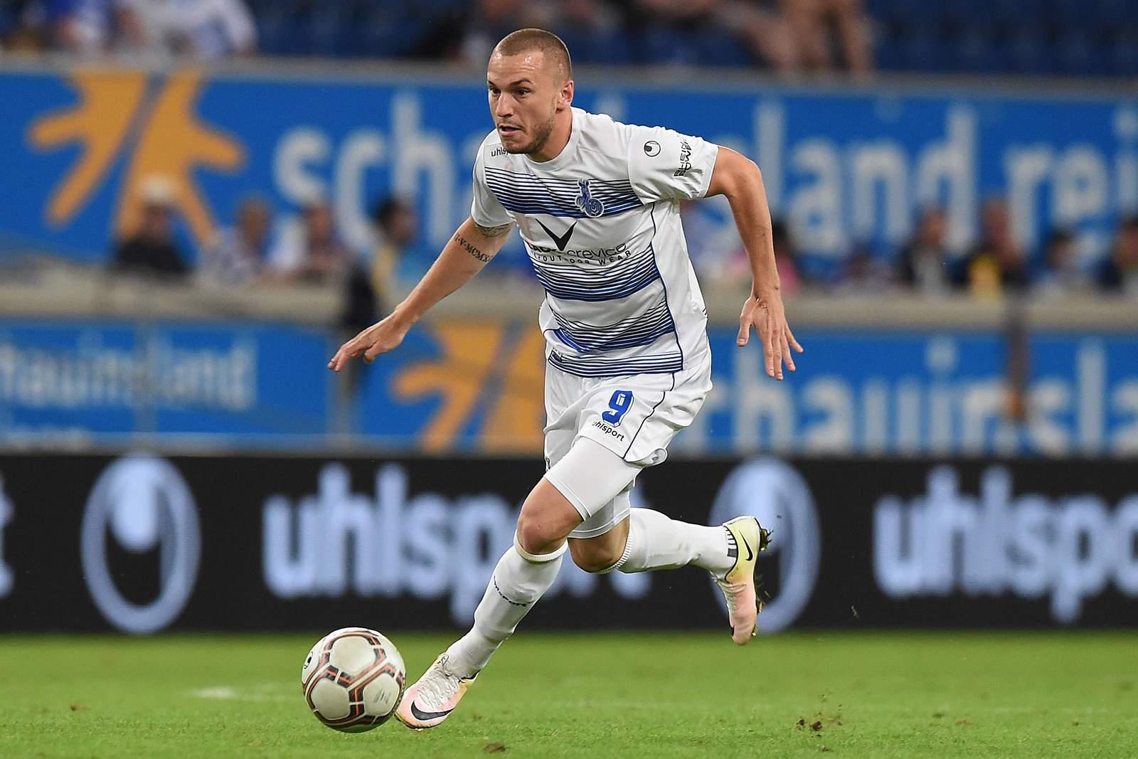 Simon Brandstetter am Ball. Jetzt auf Zwickau gegen Duisburg wetten?