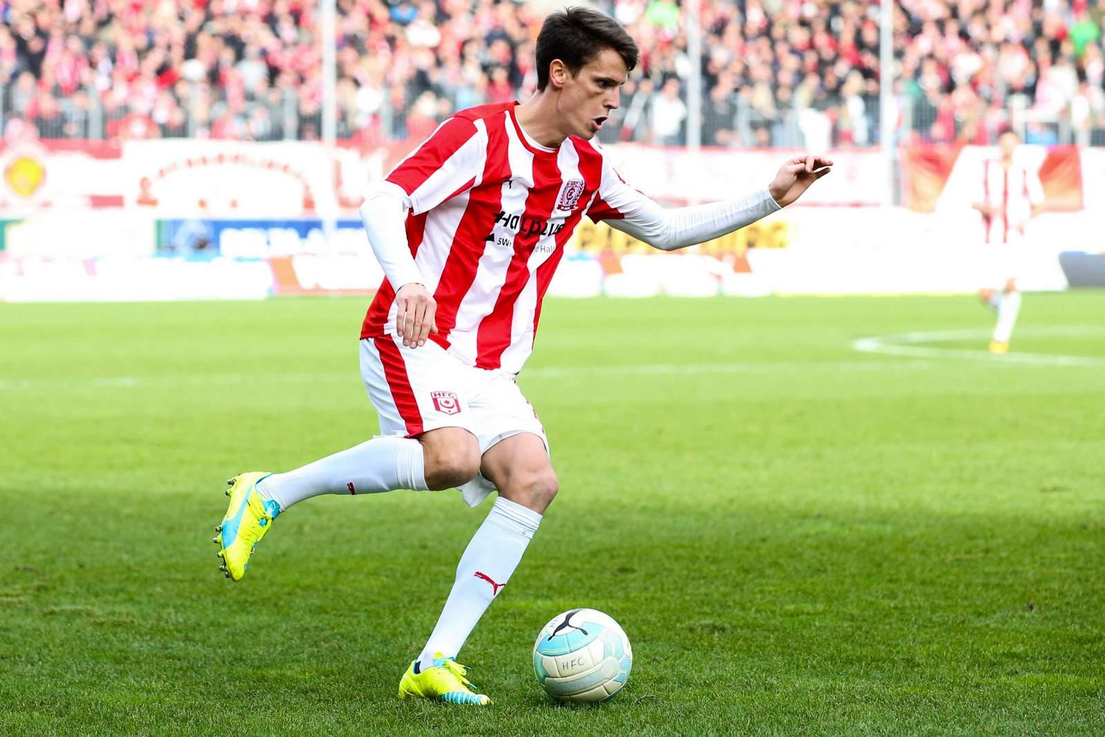 Jonas Acquistapace vom Halleschen FC