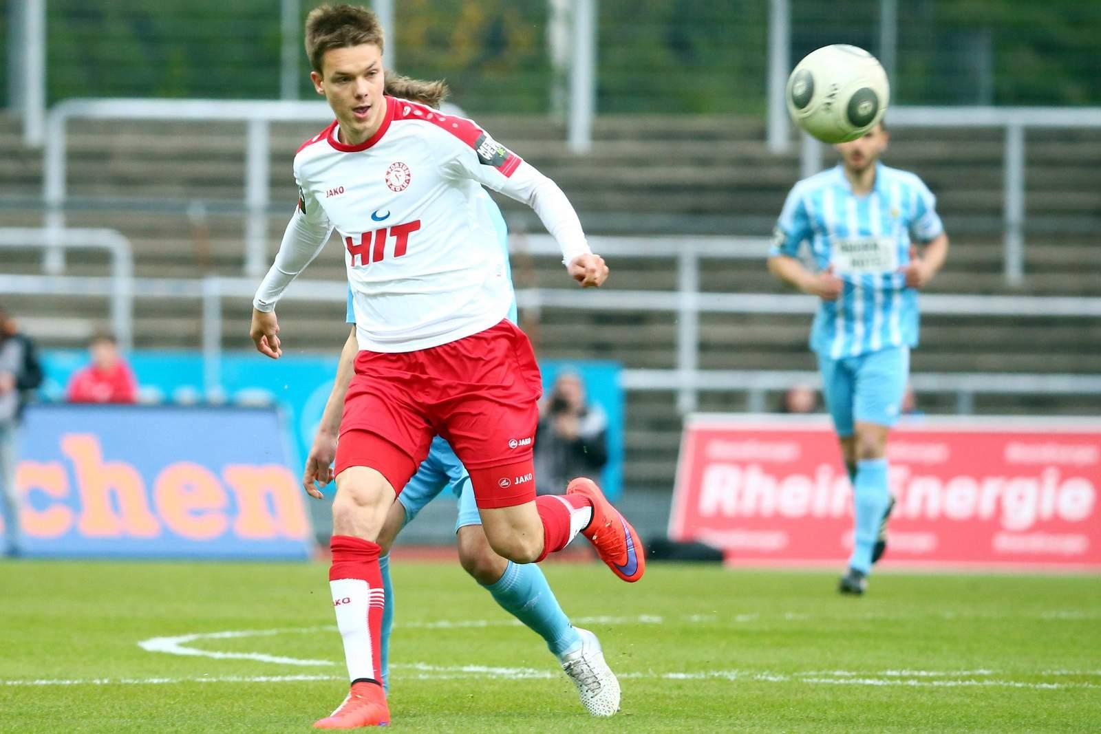Christopher Theisen, Mittelfeldspieler von Fortuna Köln
