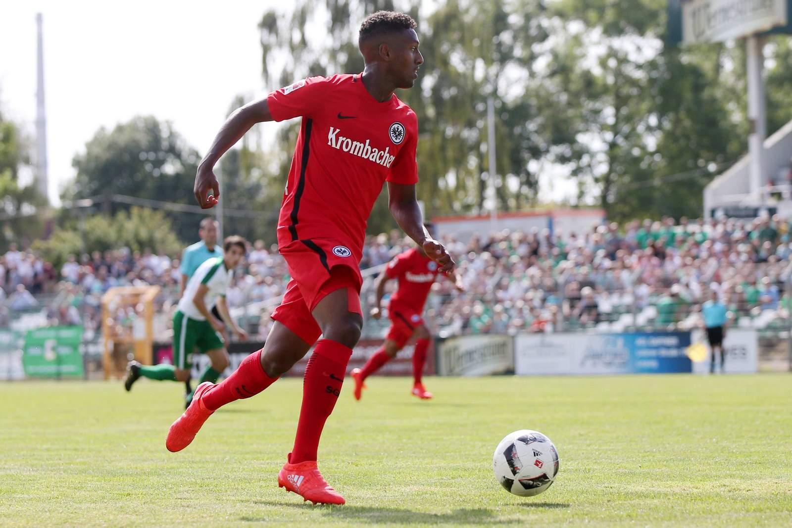 Joel Gerezgiher von Eintracht Frankfurt