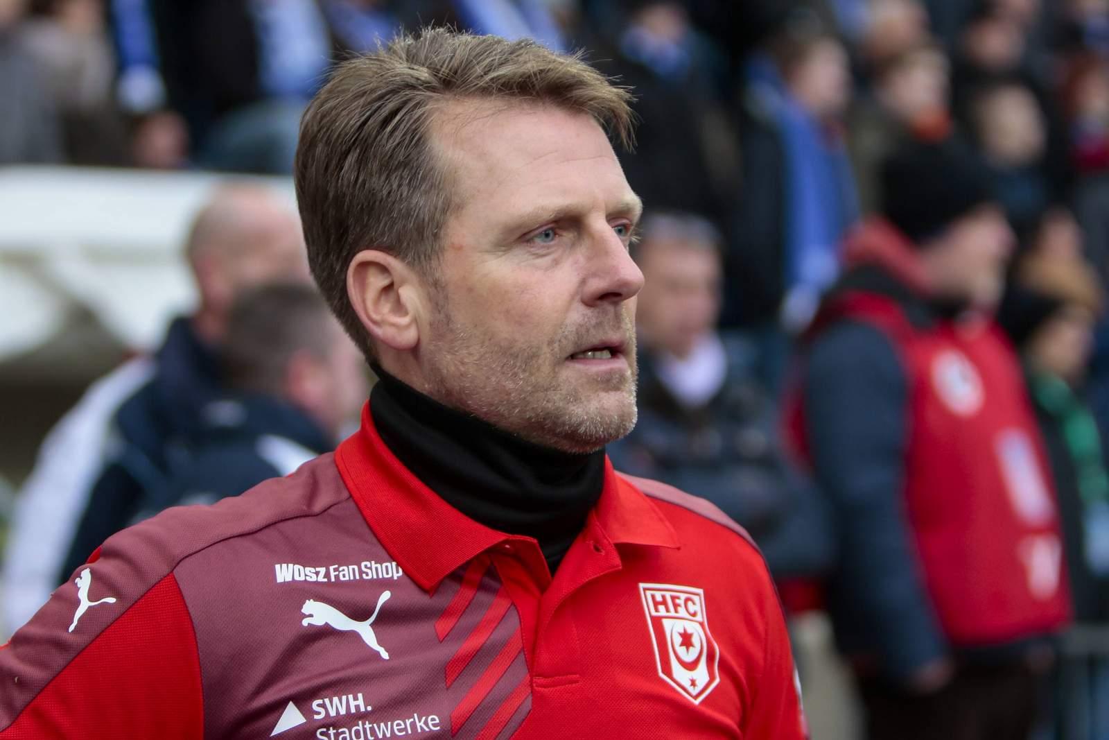 Muss noch auf Angebot warten: HFC-Trainer Rico Schmitt