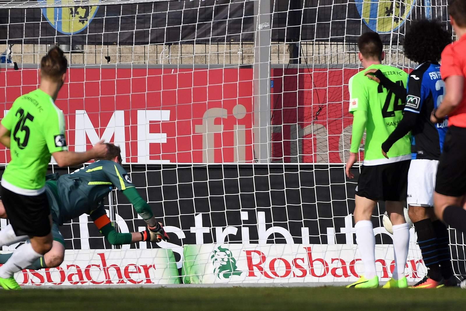 Björn Jopek erzielt Tor gegen FSV Frankfurt