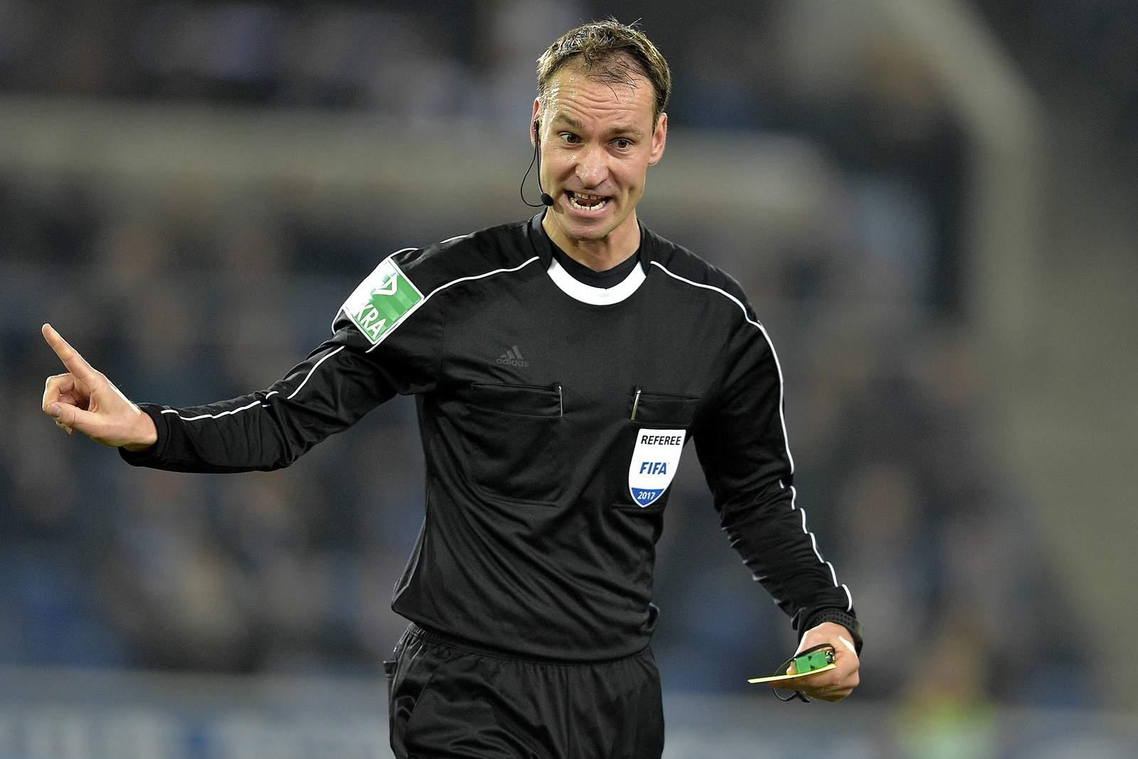 FIFA-Schiedsrichter Bastian Dankert in der 3. Liga