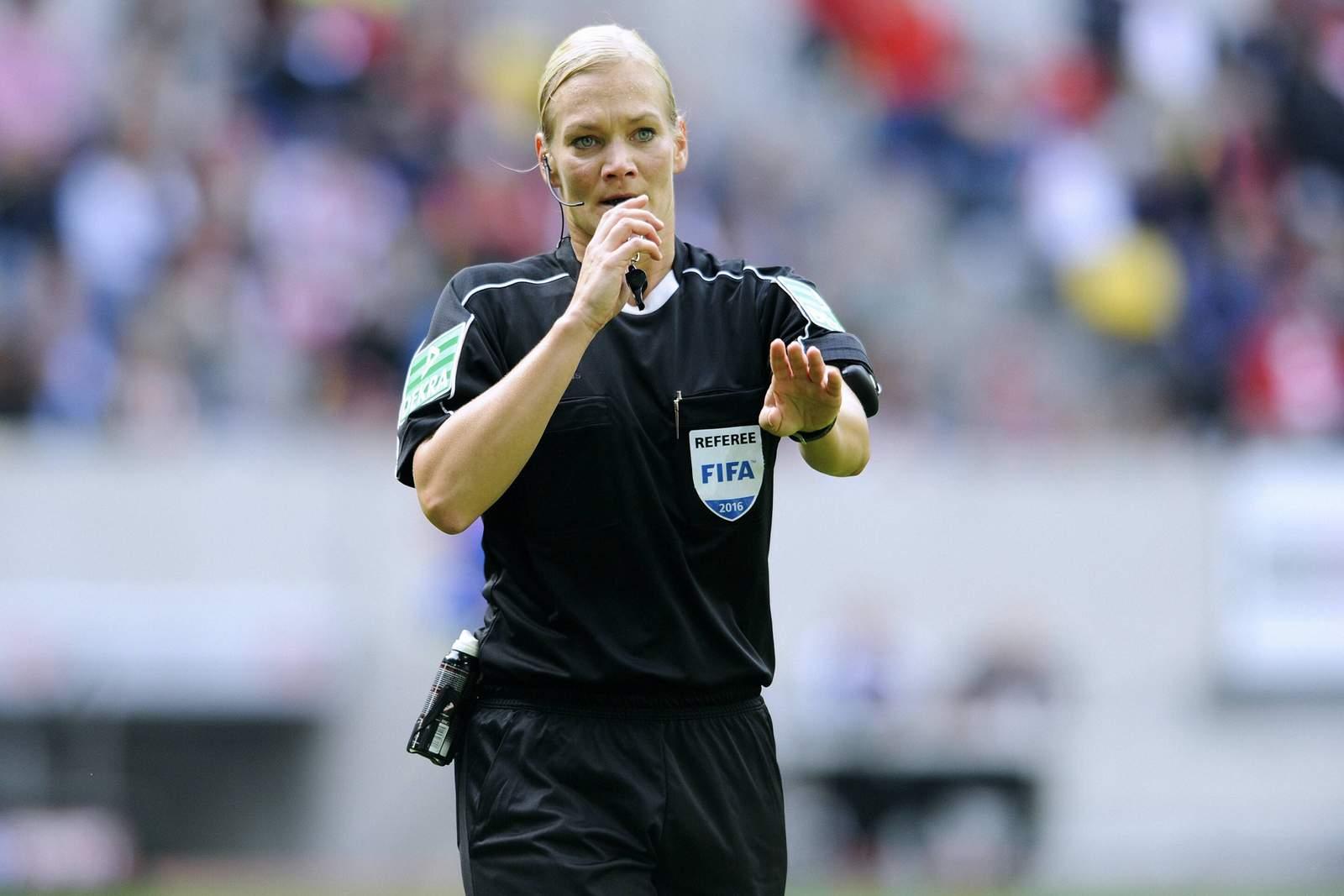 DFB-Schiedsrichterin Bibiana Steinhaus