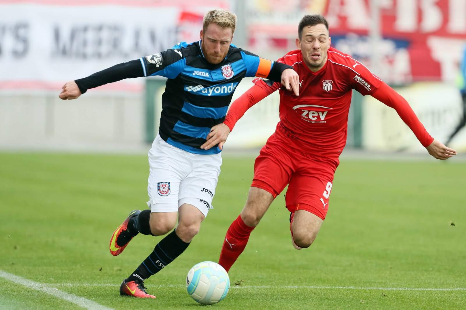 Laufduell zwischen Patrick Ochs und Marcel Bär. Jetzt auf FSV Frankfurt gegen Zwickau wetten!