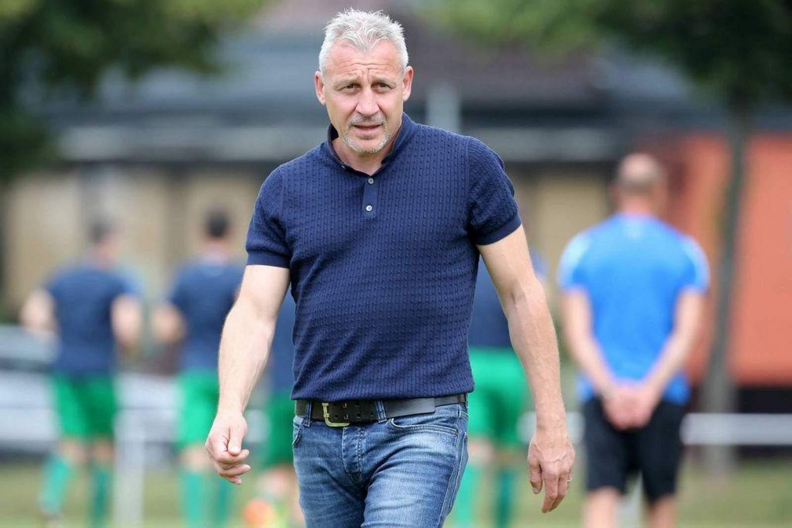 Mit Rostocks Angriff unzufrieden: Trainer Pavel Dotchev