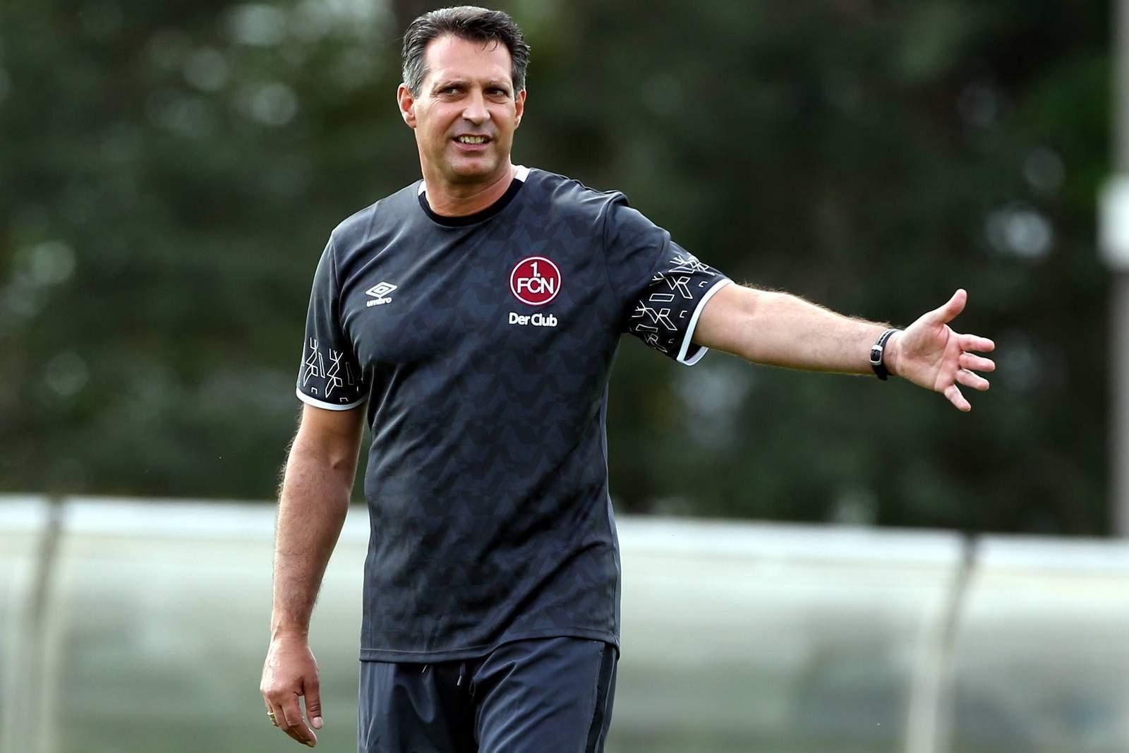 Alois Schwartz damals noch als FCN-Coach. Jetzt wird er Trainer des Karlsruher SC.