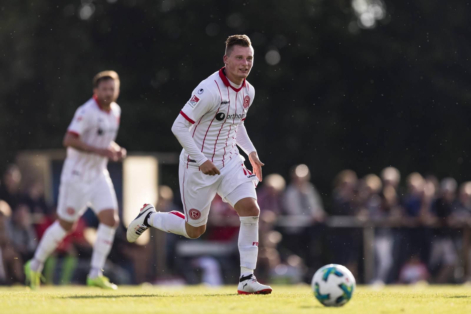 Marlon Ritter am Ball für Fortuna Düsseldorf. Er wechselt auf Leihbasis zum SC Paderborn