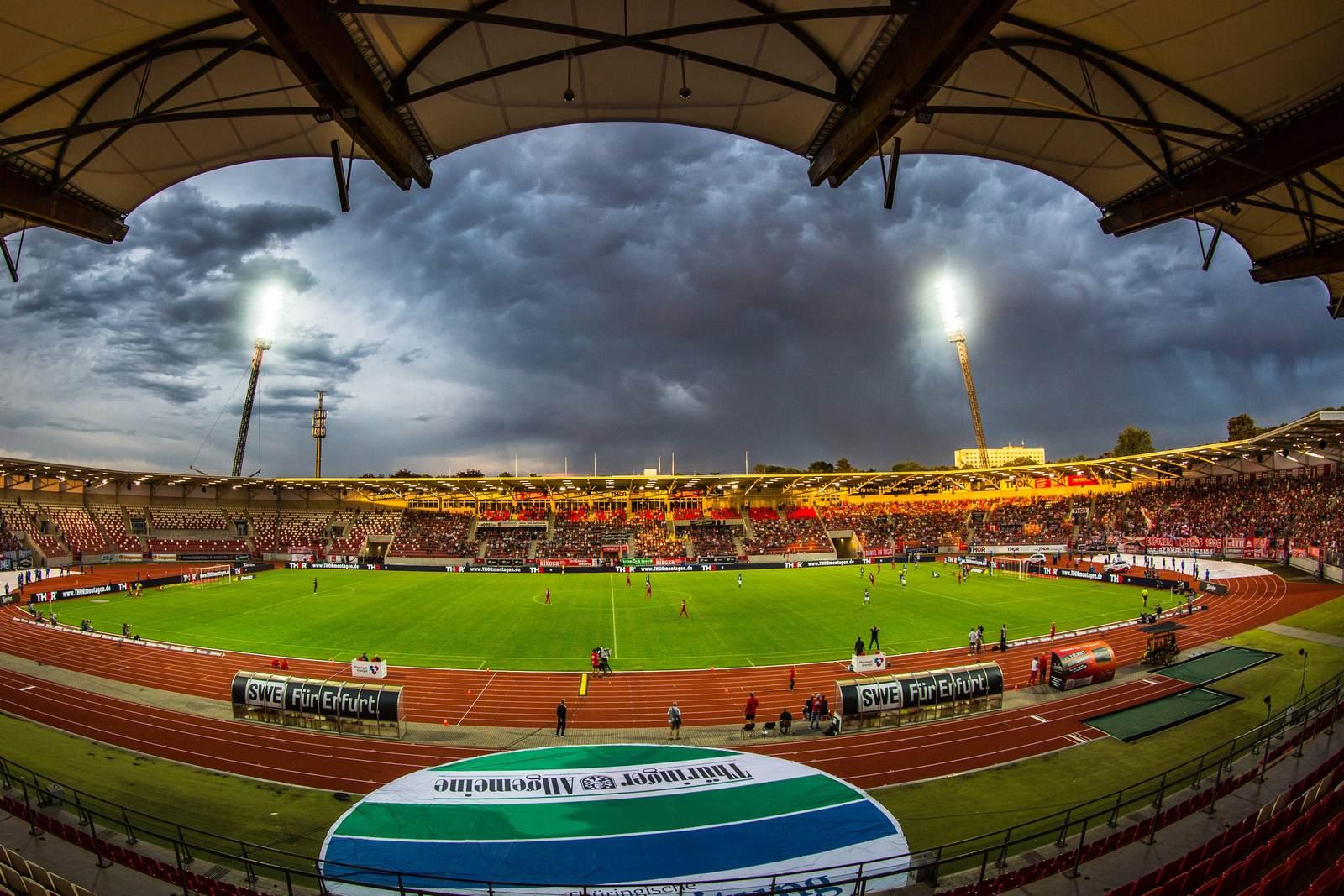 Steigerwaldstadion, Heimspielstätte des FC Rot Weiß Erfurt