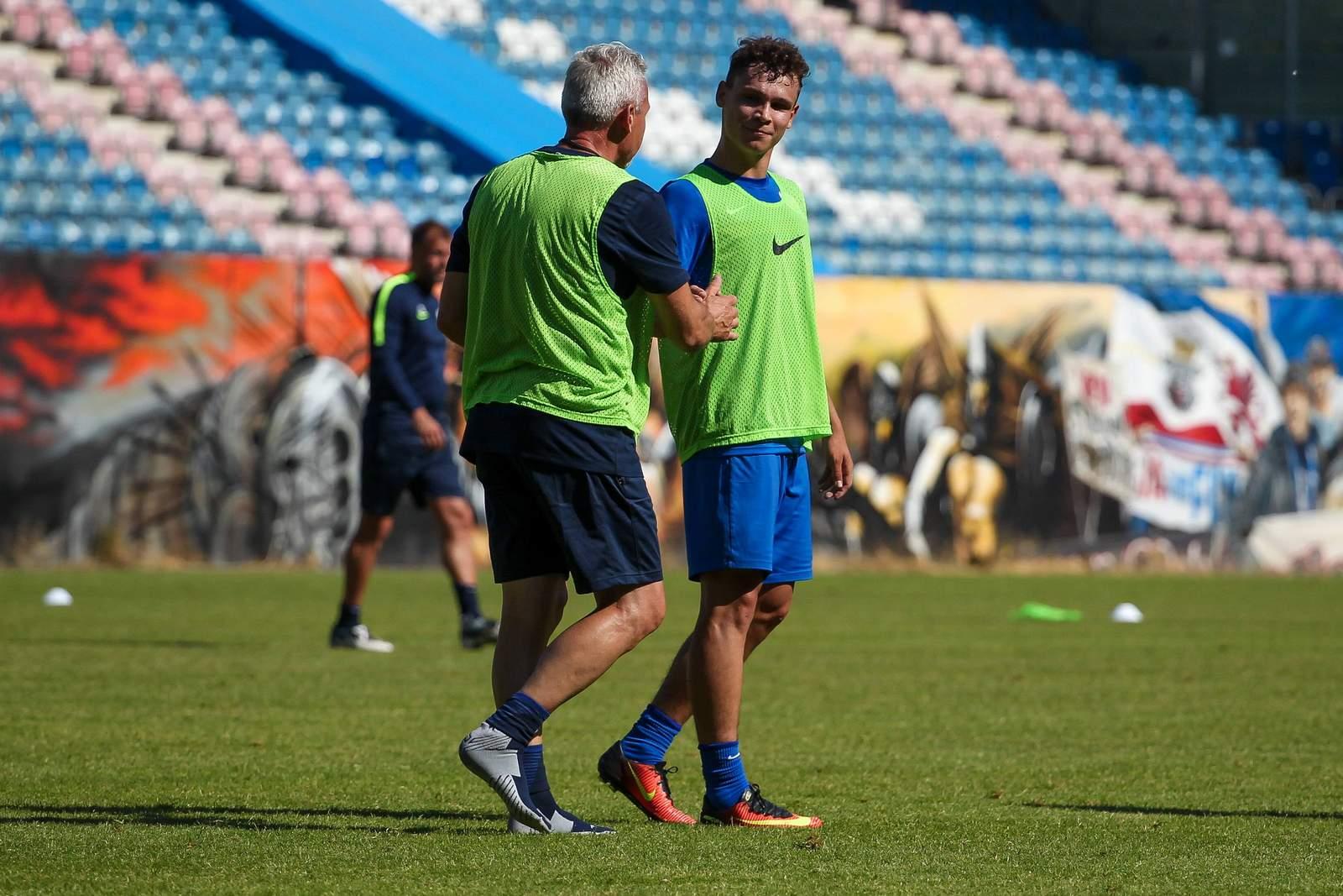 Pavel Dotchev und Lukas Scherff