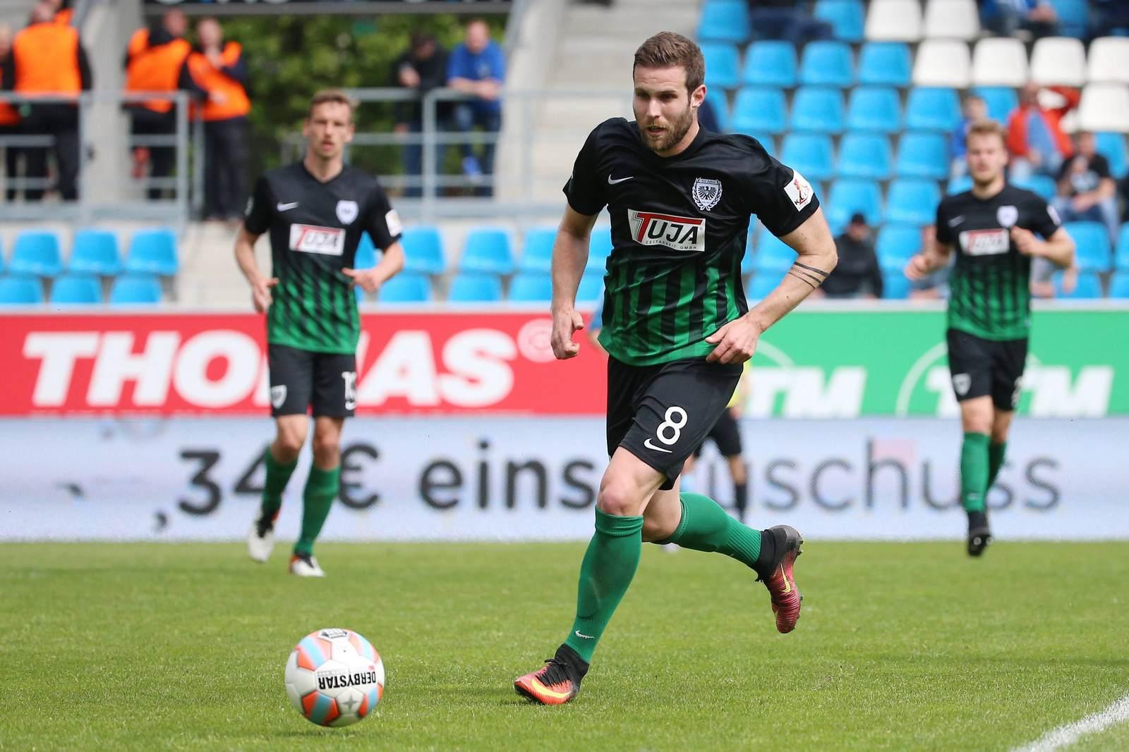 Michele Rizzi bleibt für Preußen Münster am Ball