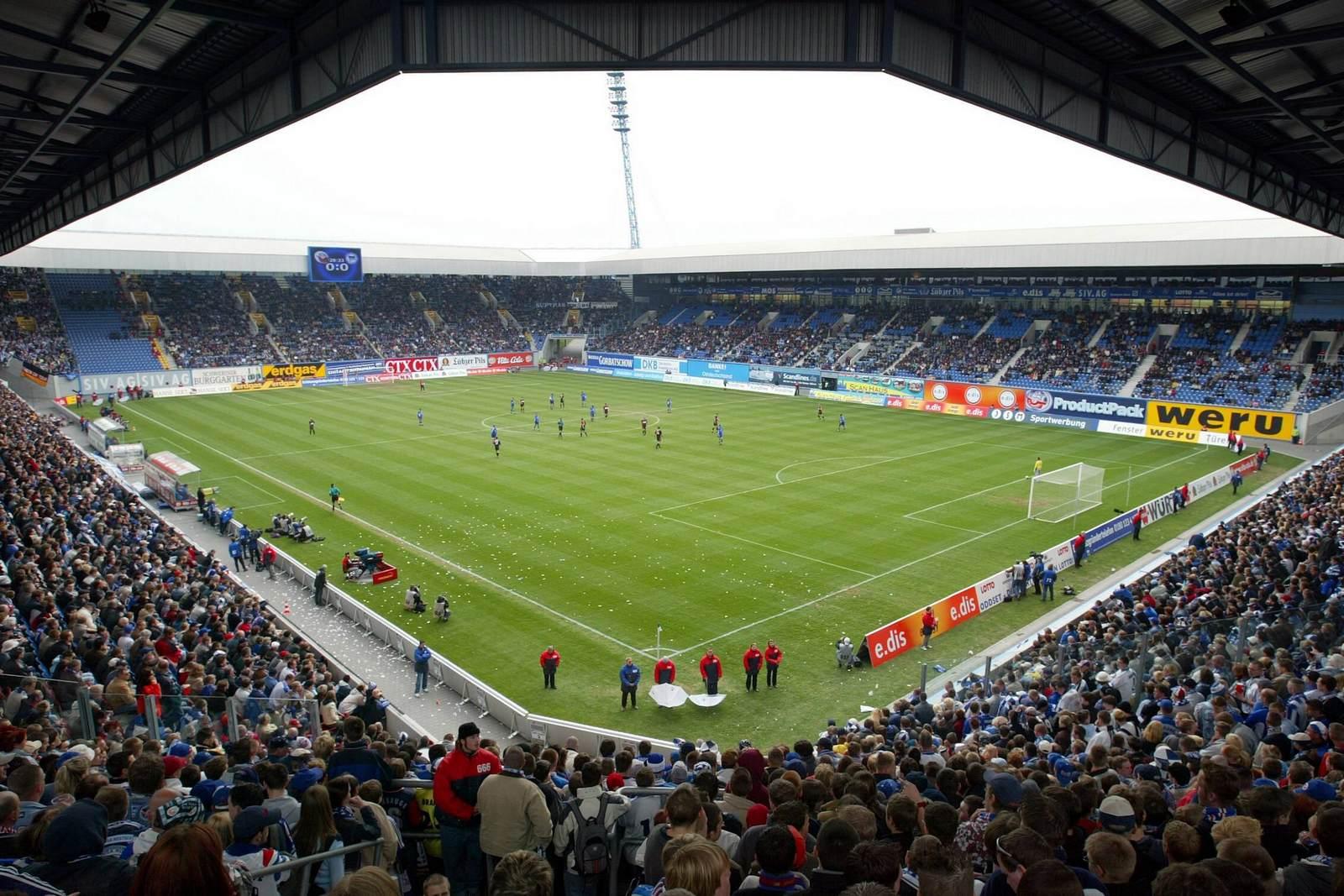 Das Ostseestadion ist die Heimspielstätte von Hansa Rostock. Alles zu Fakten und Historie der Arena.
