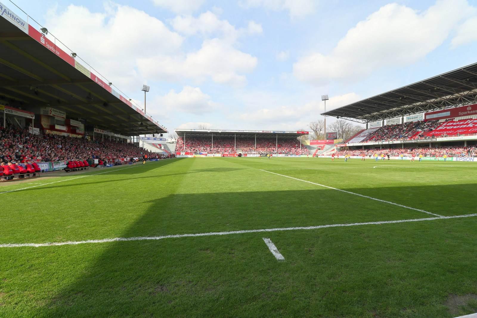 Das Stadion der Freundschaft, Heimspielstätte des FC Energie Cottbus