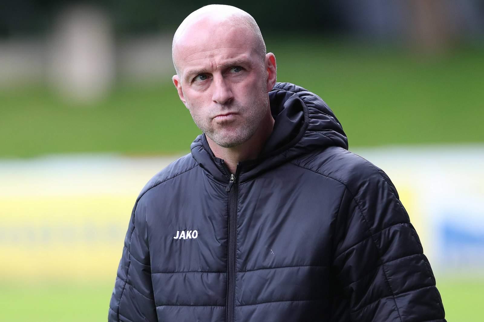 Marco Antwerpen als Trainer an der Seitenlinie