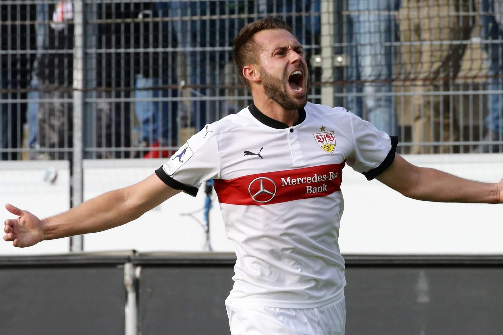 Pascal Breier jubelt nach Tor für VfB Stuttgart