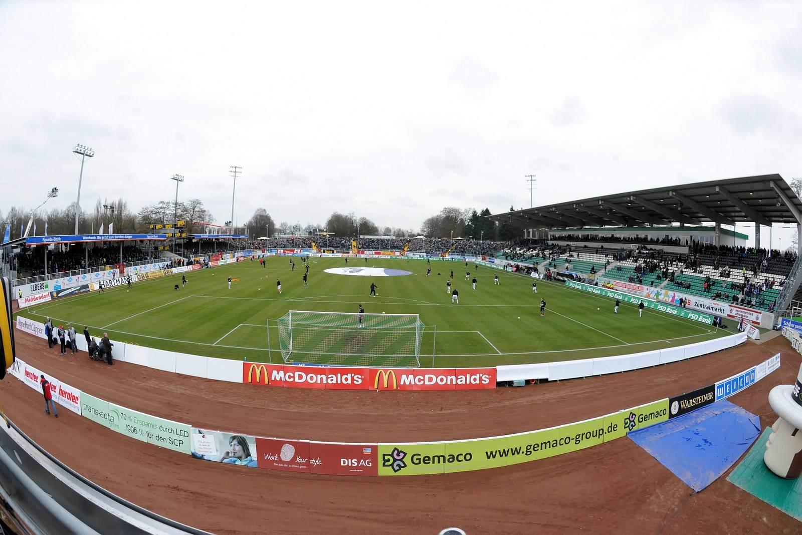 Das Baujahr 1926 merkt man dem Preußenstadion an vielen Stellen an.