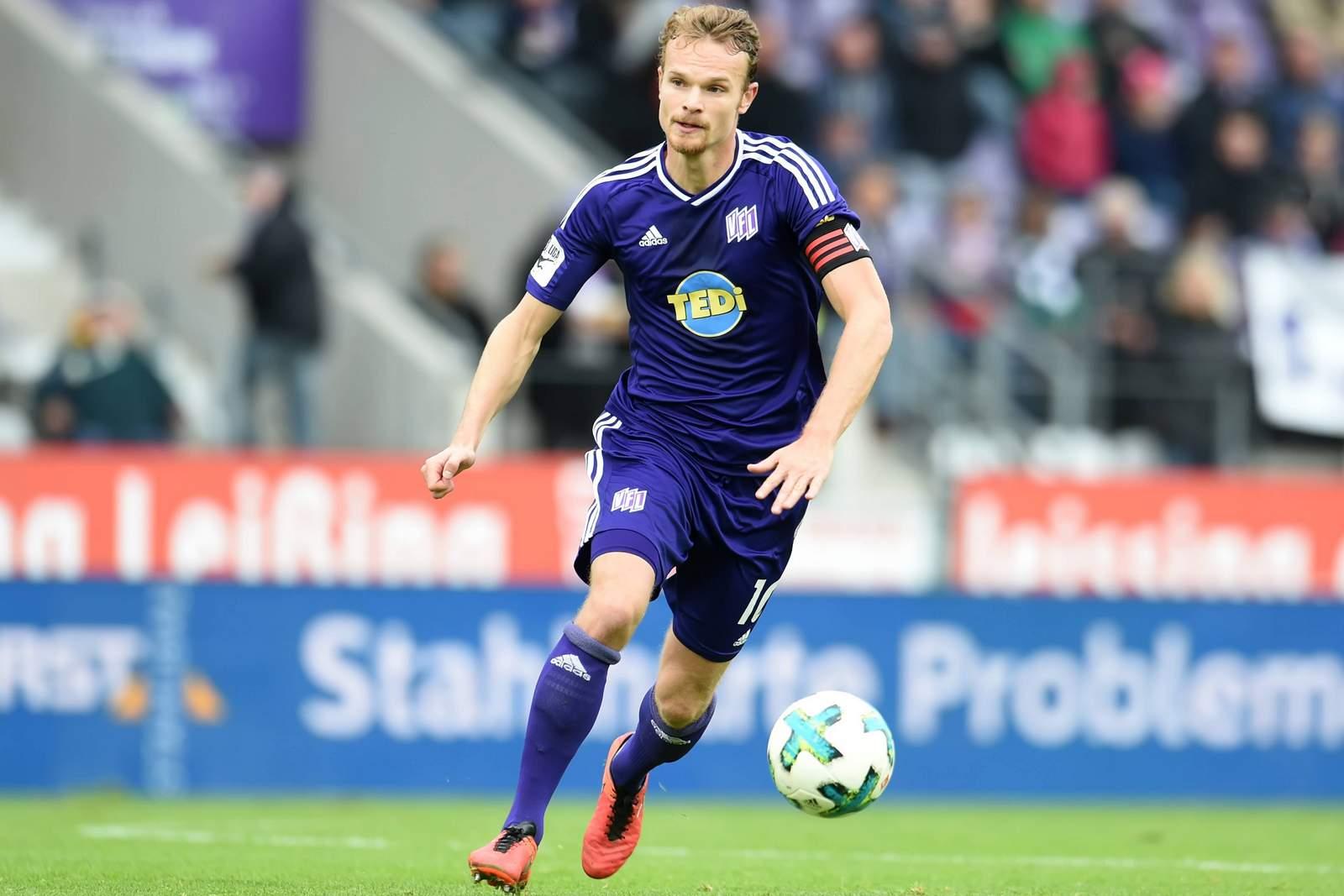Christian Groß am Ball für den VfL Osnabrück