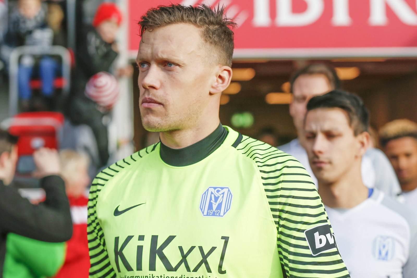 Erik Domaschke betritt mit dem SV Meppen das Feld.