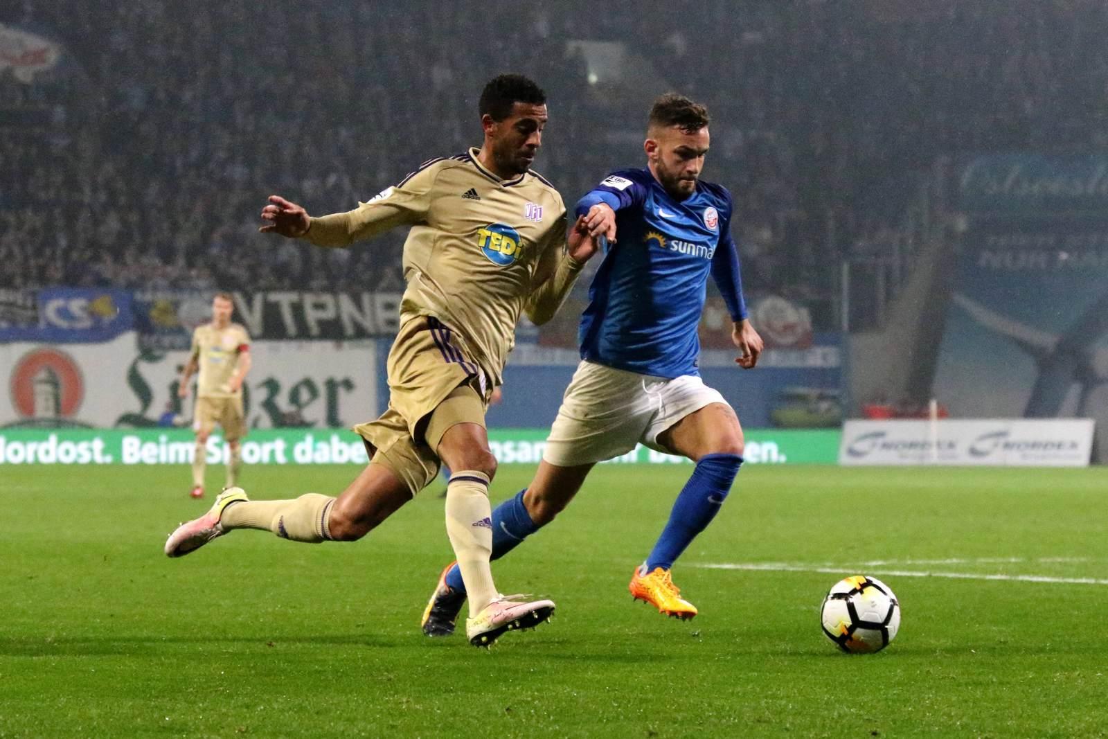 Marcel Appiah gegen Fabian Holthaus. Jetzt auf die Partie Osnabrück gegen Hansa Rostock wetten