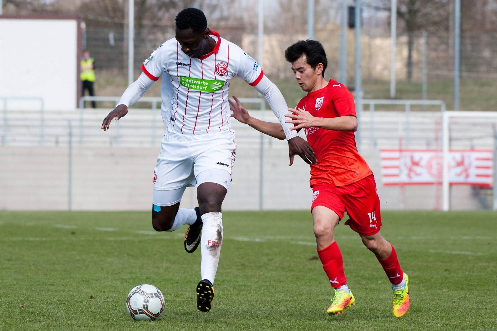 Tarsis Bonga im Trikot von Fortuna Düsseldorf II