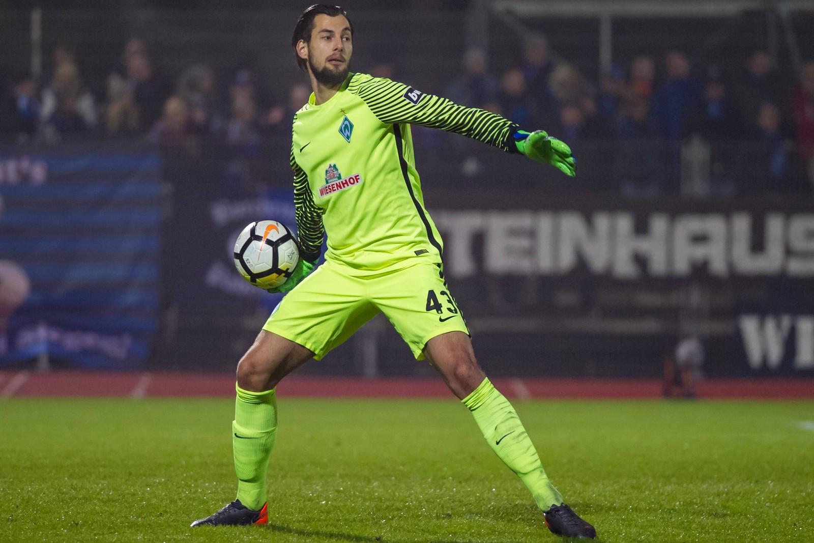 Eric Oelschlägel im Einsatz für die U23 von Werder bremen