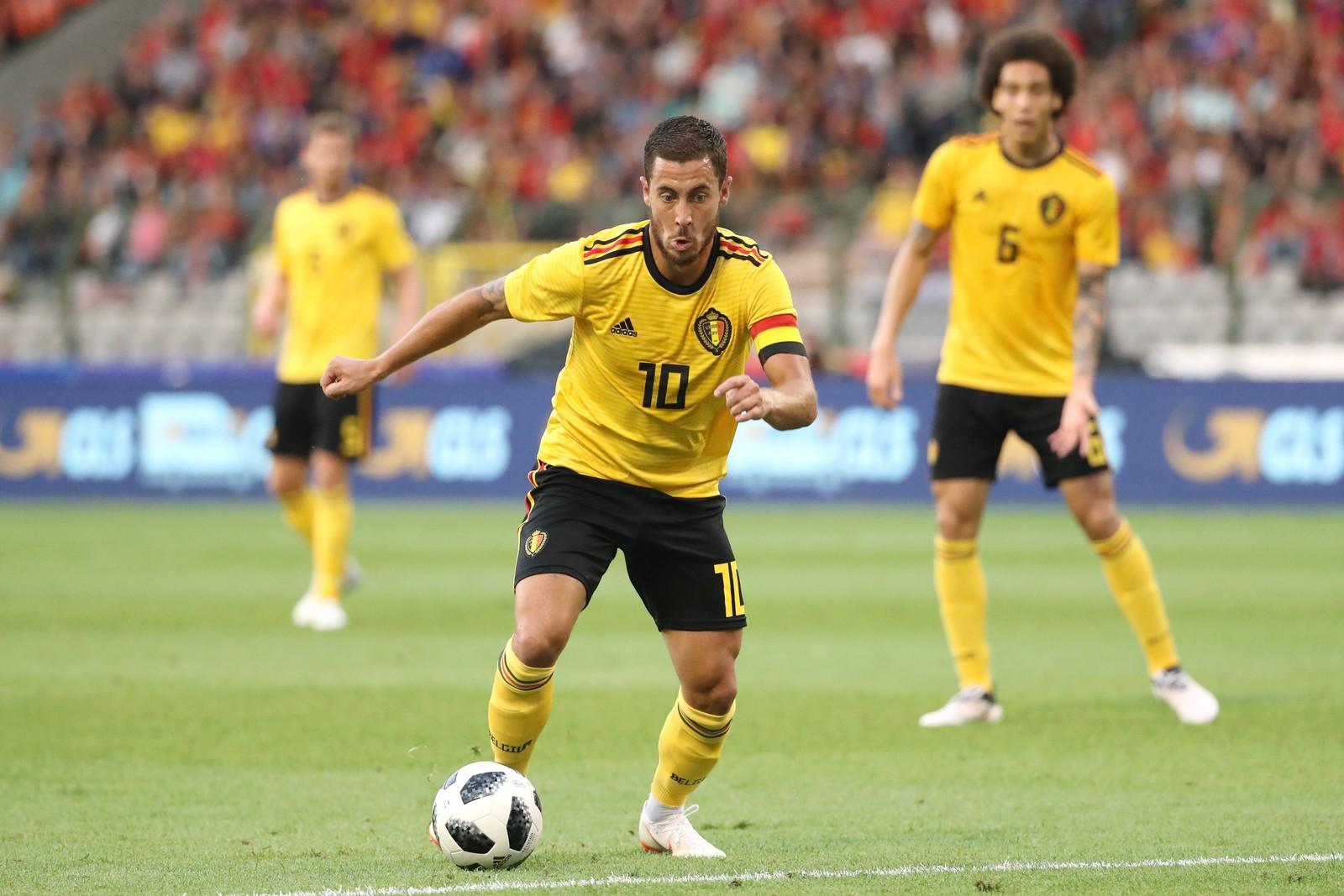 Eden Hazard im Dribbling für die belgische Nationalmannschaft
