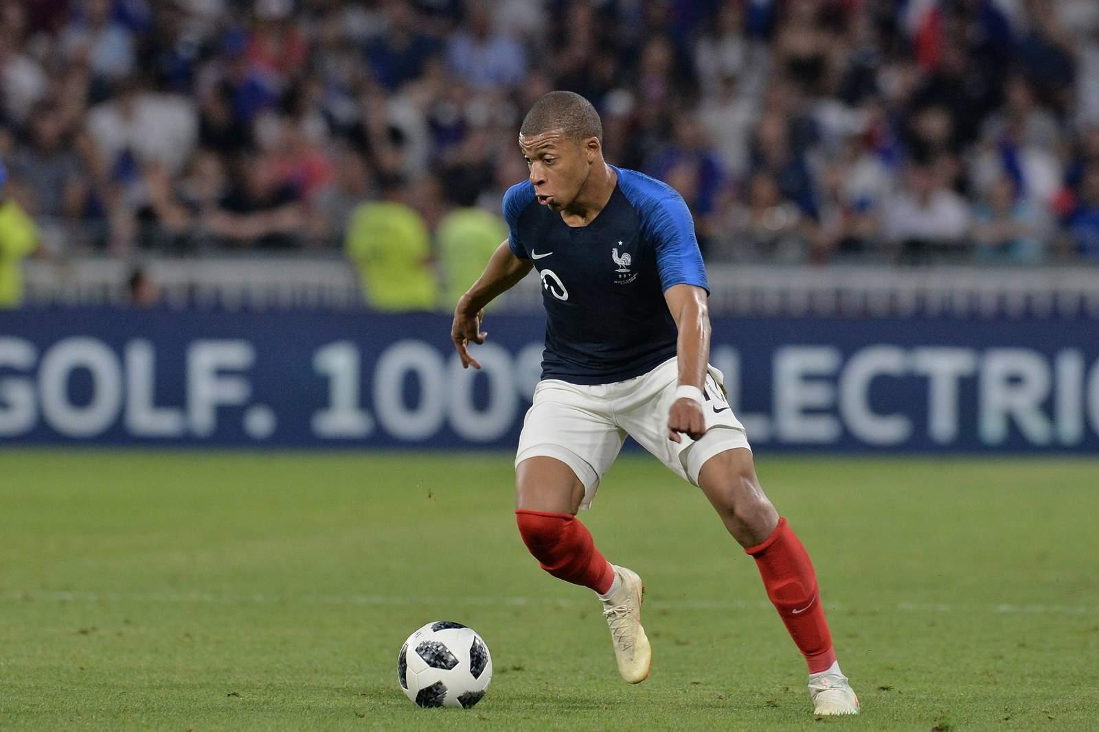 Kylian Mbappé sucht den Weg zum Tor. Jetzt auf Frankreich gegen Australien wetten.