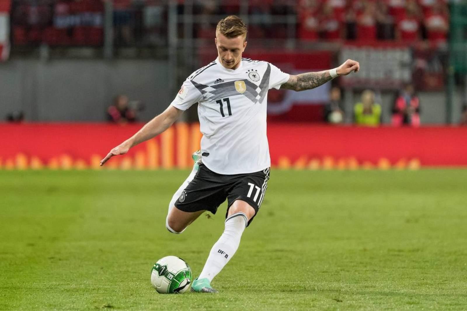 Marco Reus am Ball für Deutschland. Jetzt auf die Partie Deutschland gegen Südkorea wetten.