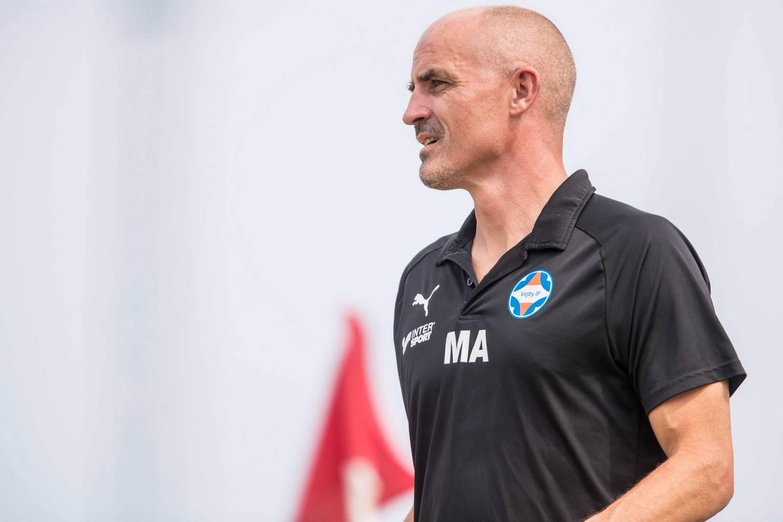Magnus Arvidsson als Trainer von Vejby IF