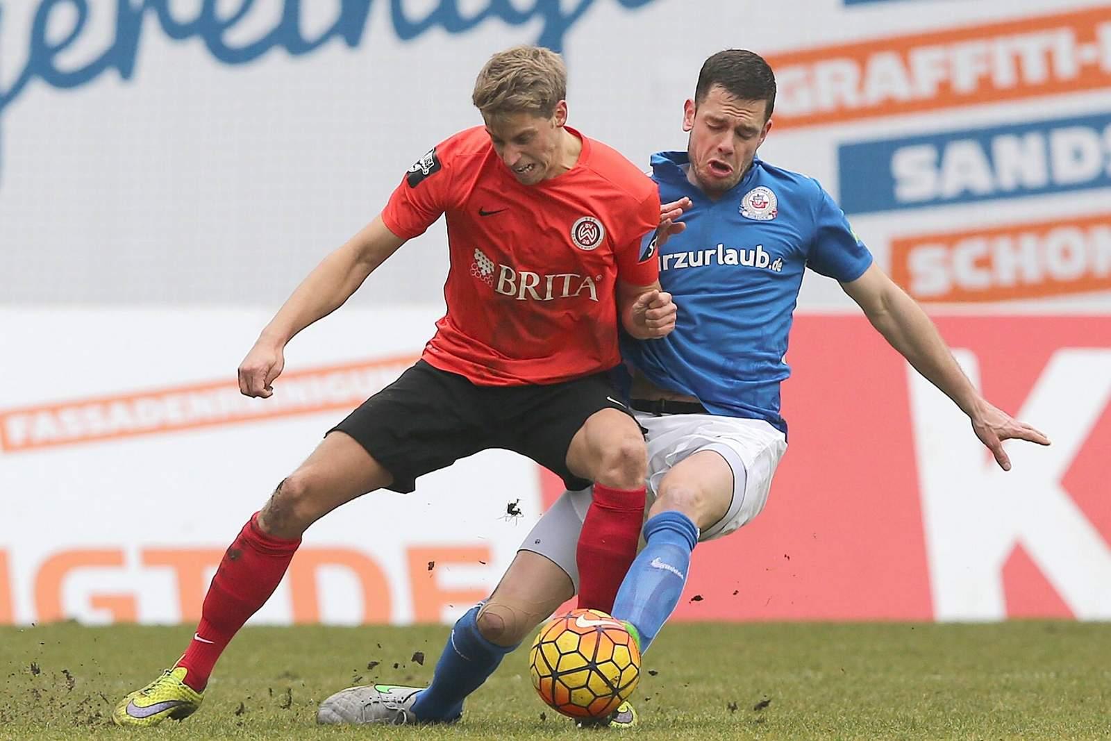 Zweikampf zwischen Marc Lorenz und Matthias Henn