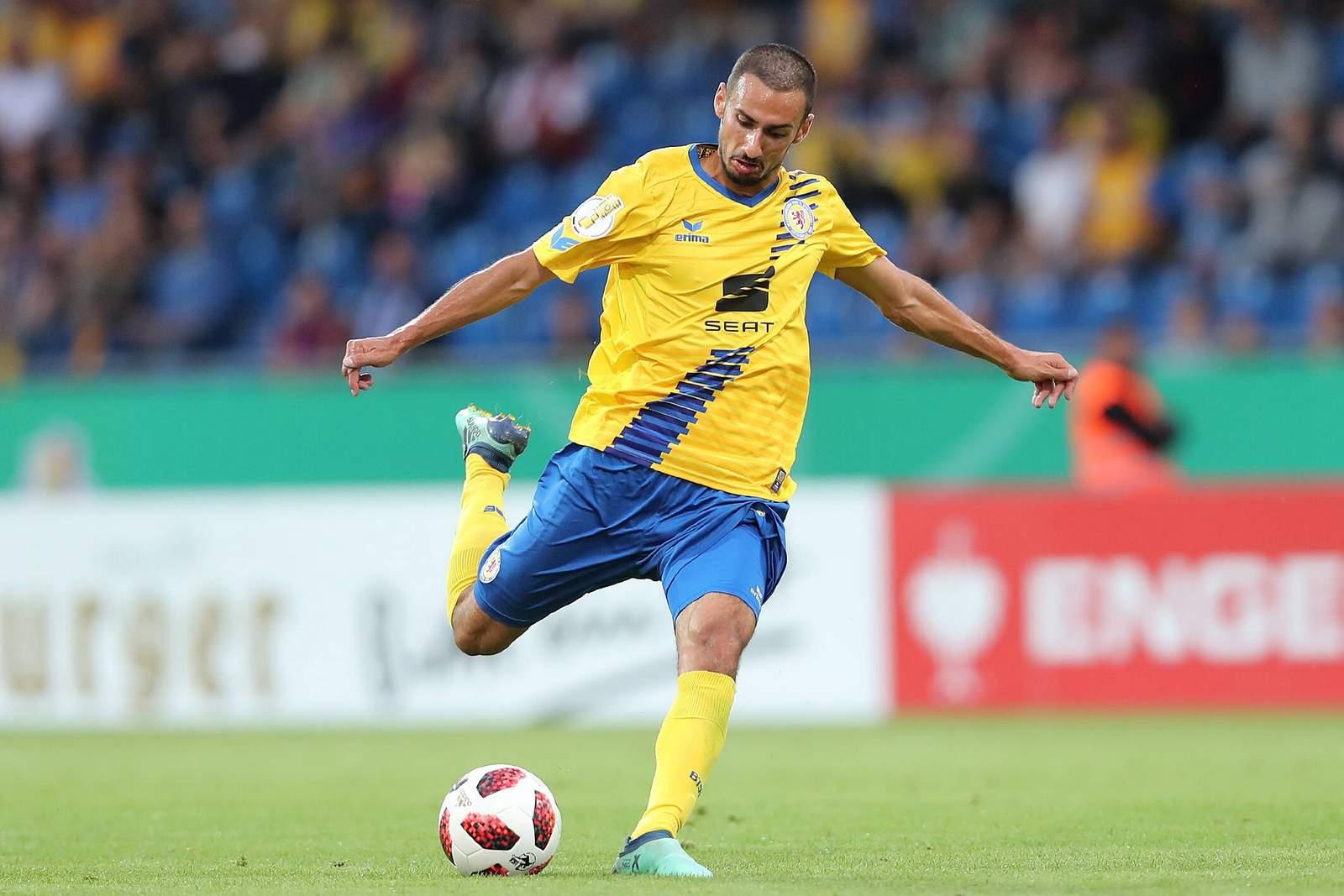 Onur Bulut zieht ab. Jetzt auf Braunschweig gegen Fortuna Köln wetten.