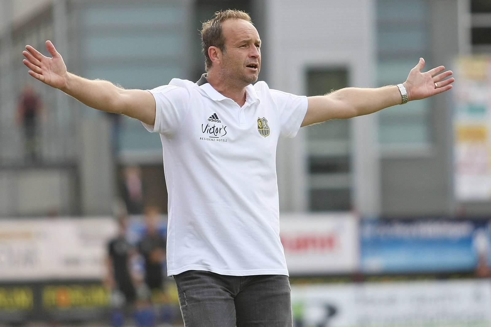 Dirk Lottner als Trainer des 1. FC Saarbrücken