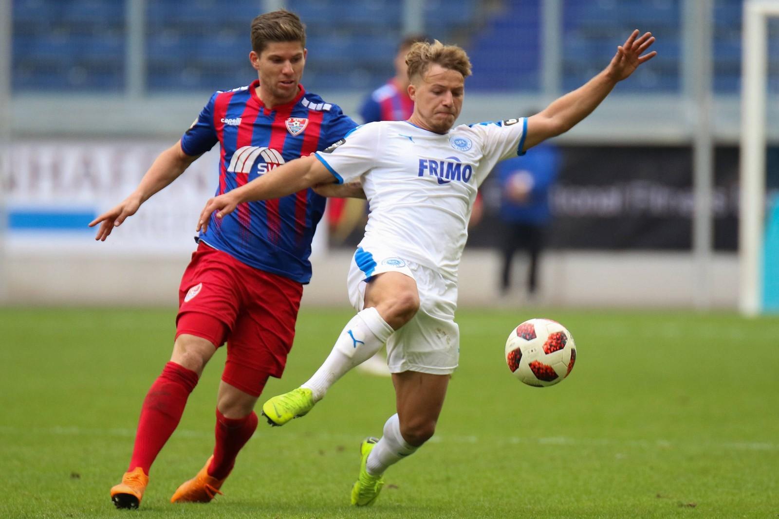 Jonas Hofmann erzielte für Lotte bislang zwei Treffer und bereitete zwei weitere vor.