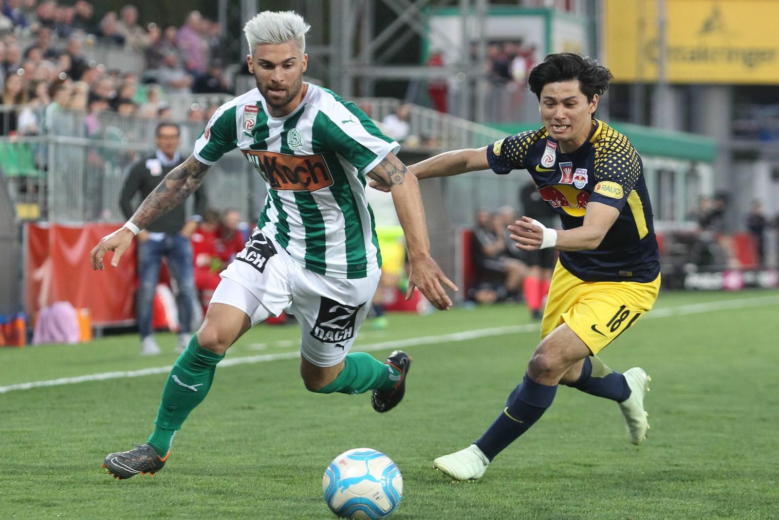 Im Rahmen eines Probetrainings will sich Manuel Seidl für einen Vertrag in Lotte empfehlen.