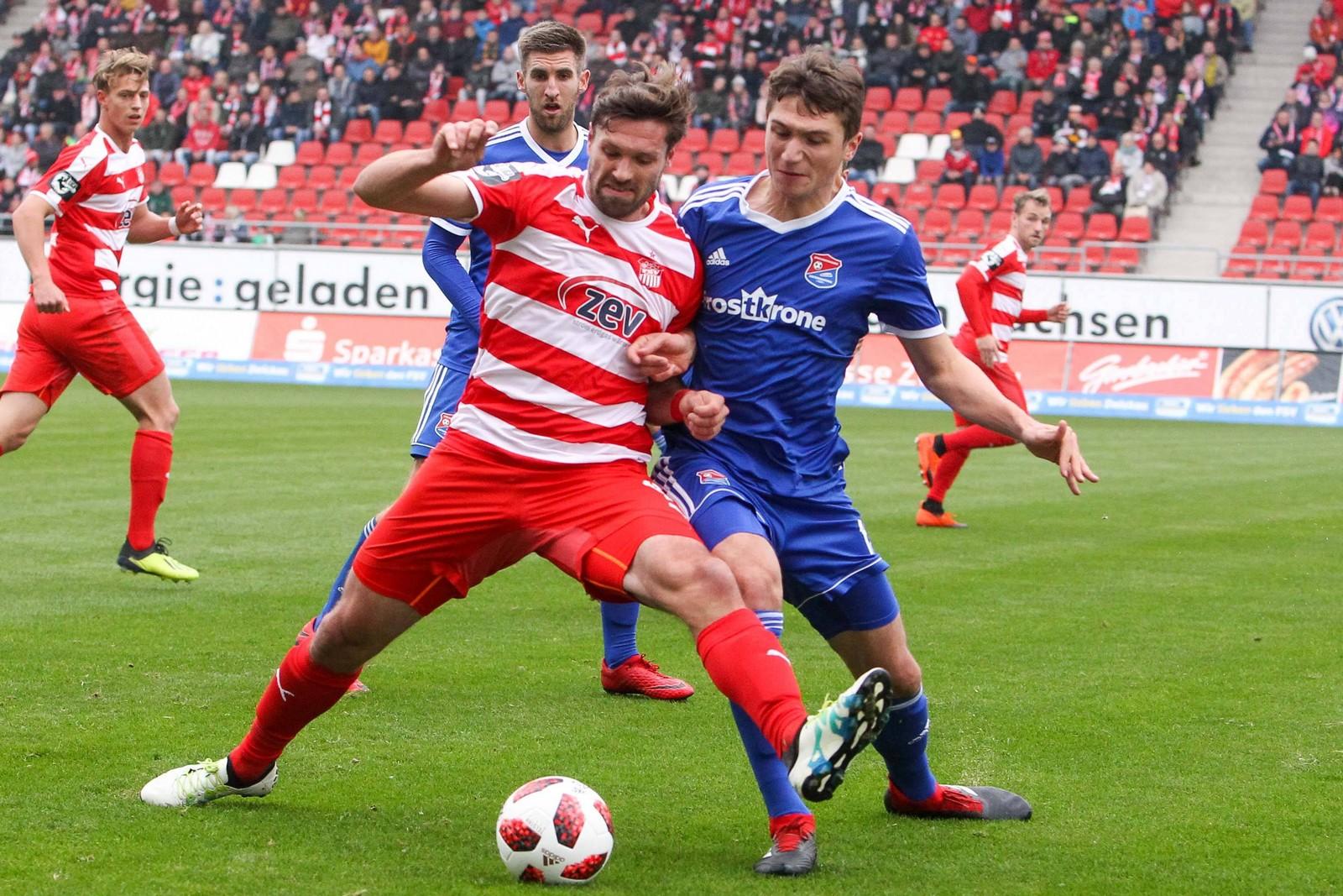 Ronny König vom FSV Zwickau im Spiel gegen Unterhaching