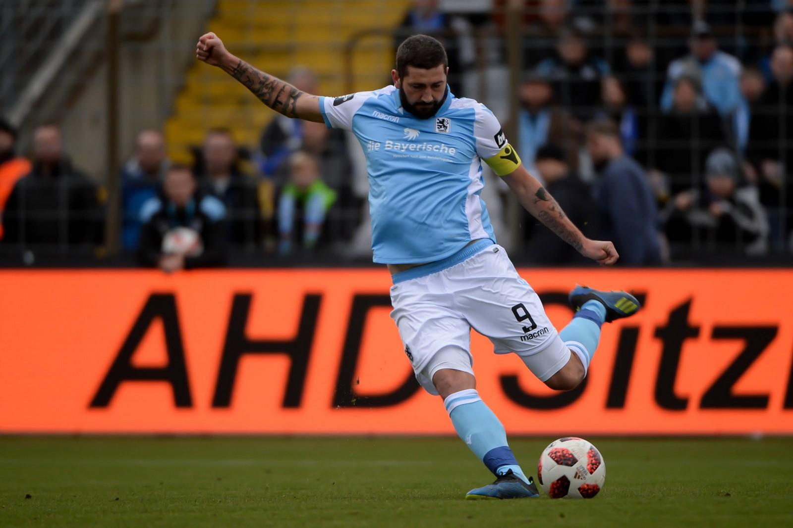 Ging mit seiner kämpferischen Einstellung gegen Zwickau voraus und riss die Mannschaft mit: Sascha Mölders.