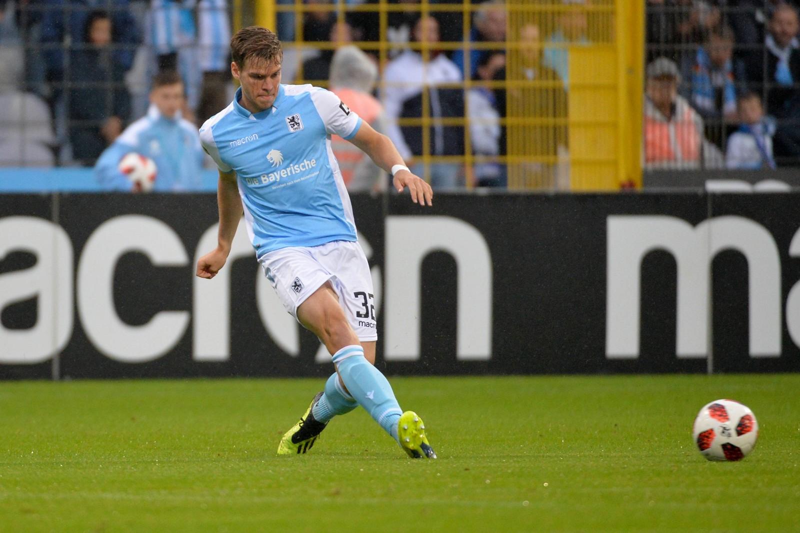 Simon Lorenz im Heimspiel gegen Cottbus.