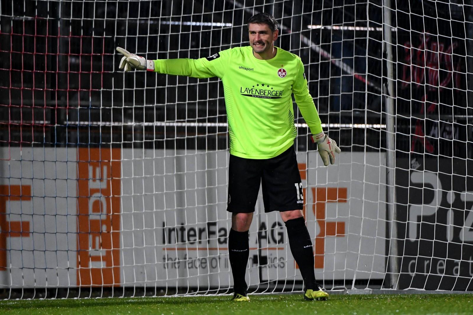 Wolfgang Hesl im Trikot des FCK
