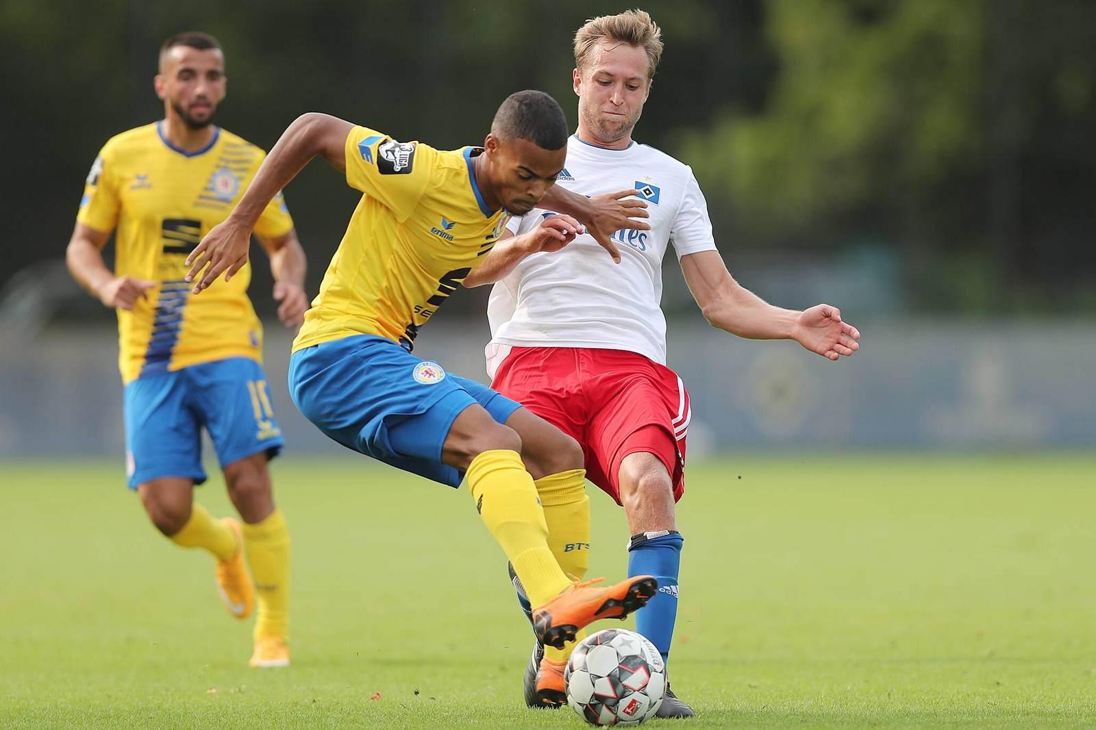 Ayodele Adetula gegen Matti Steinmann