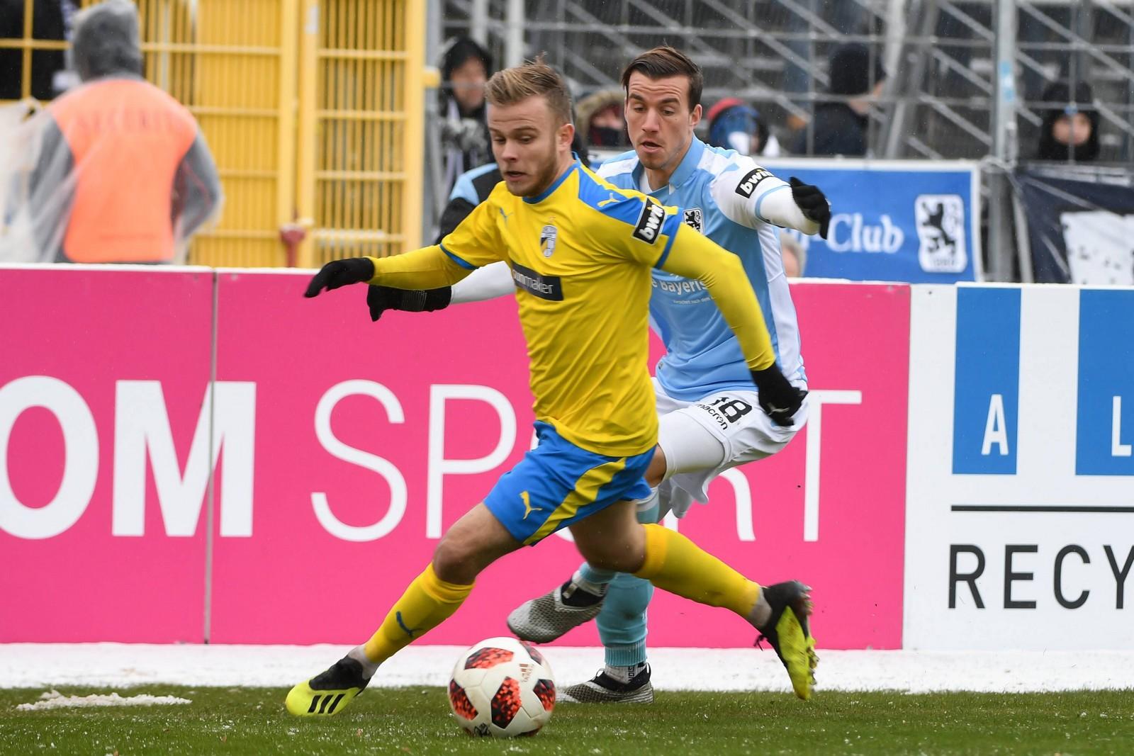 Guillaume Cros im Spiel gegen 1860 München.