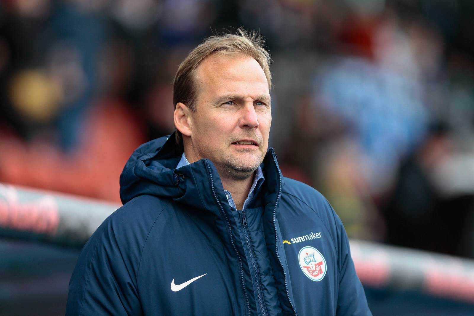 Martin Pieckenhagen als Sportvorstand an der Seitenlinie