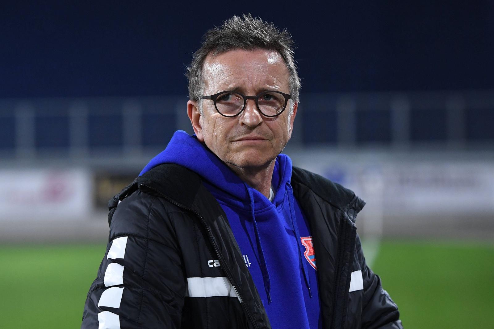 Norbert Meier als Trainer des KFC Uerdingen