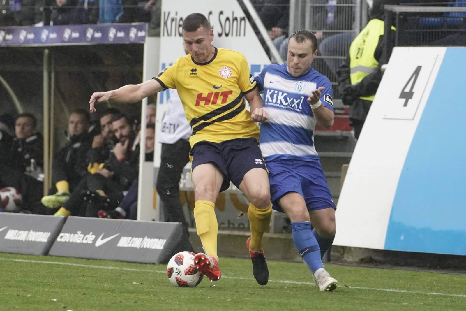 Dominik Ernst von Fortuna gegen Nico Granatowski von Meppen