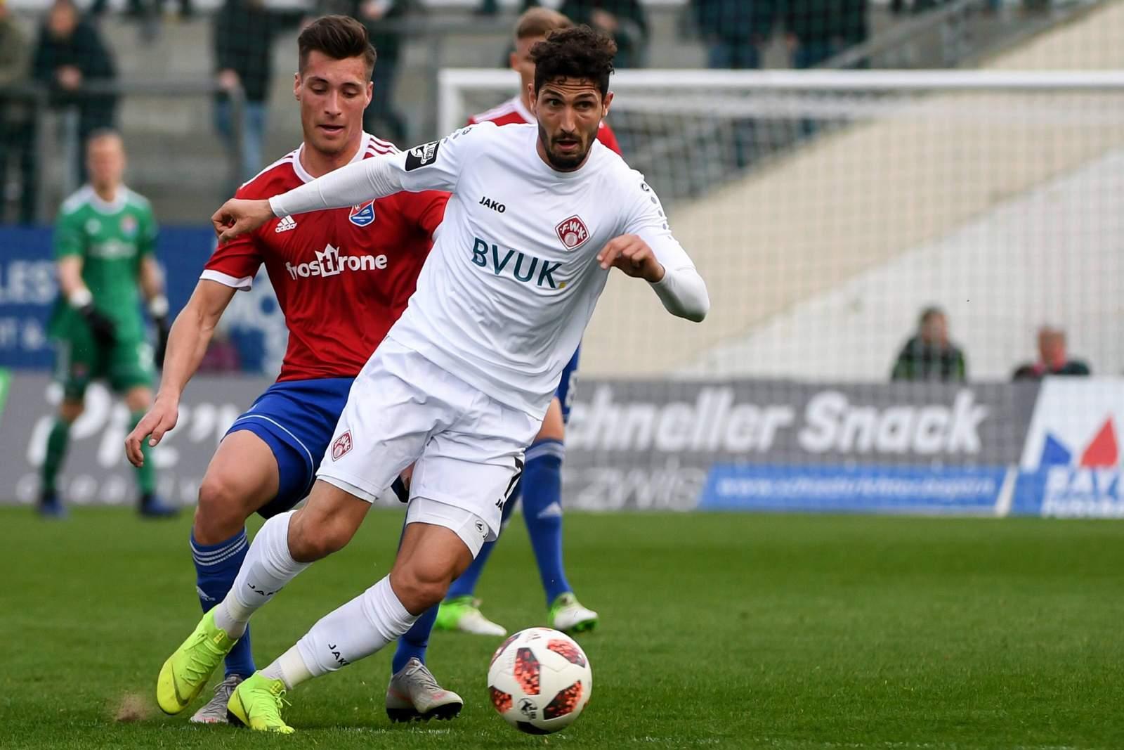 Fabio Kaufmann im Spiel gegen Unterhaching.