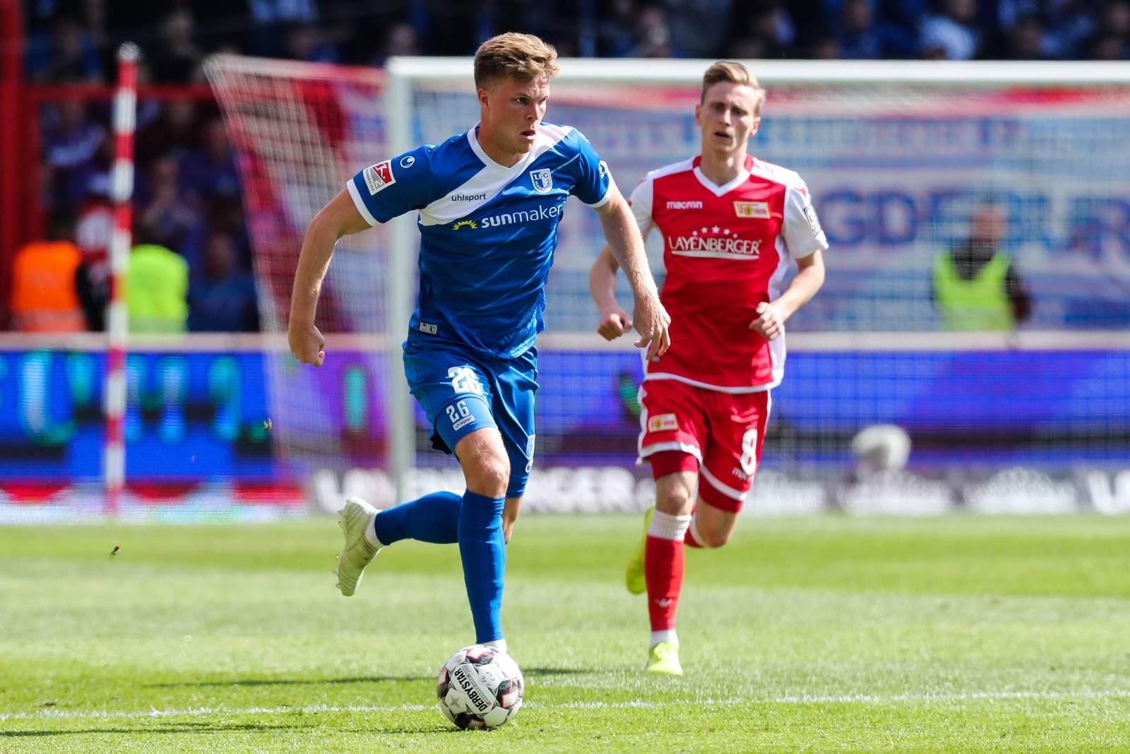 Marius Bülter am Ball für den 1. FC Magdeburg