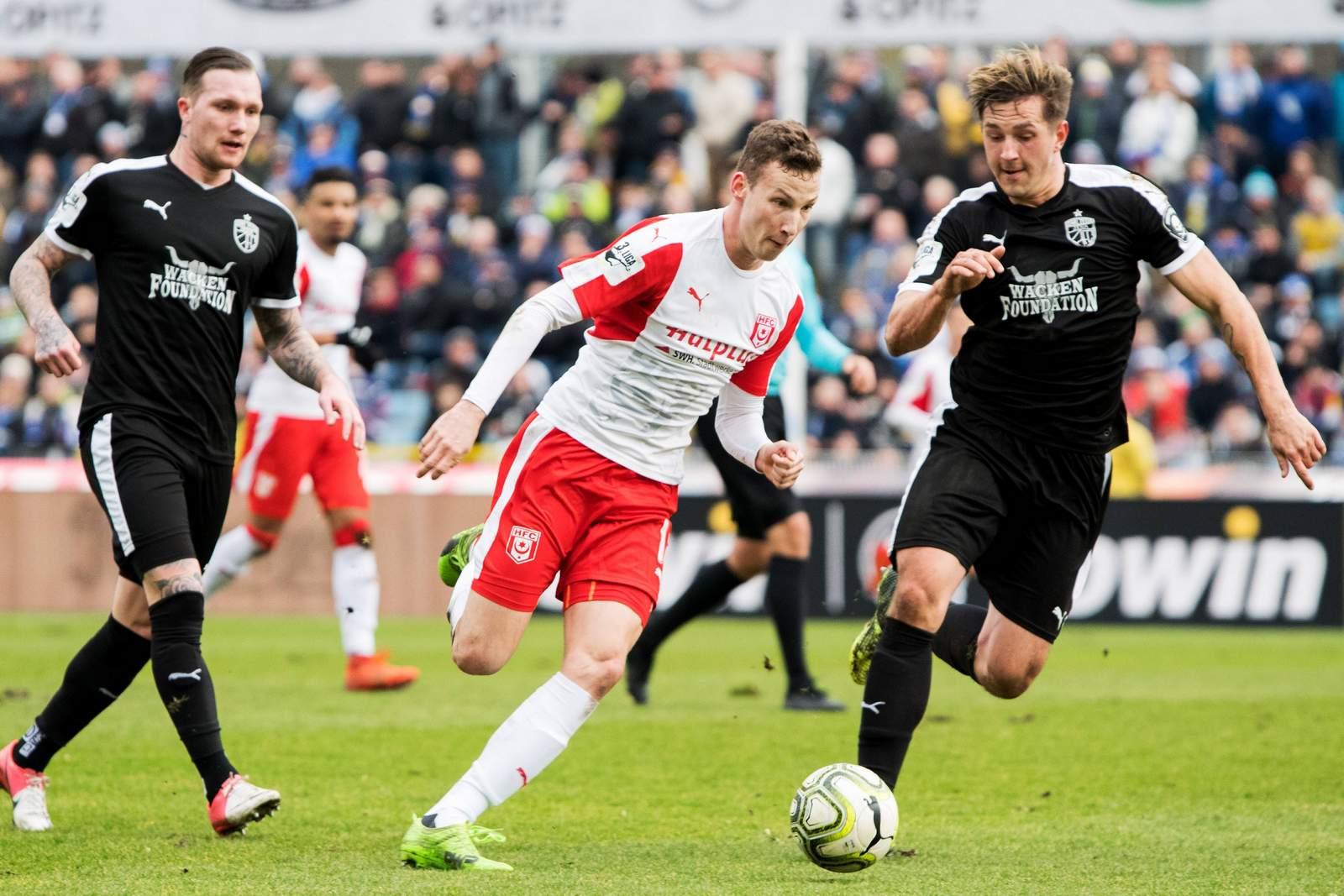 Martin Ludwig vom HFC im Spiel gegen Jena