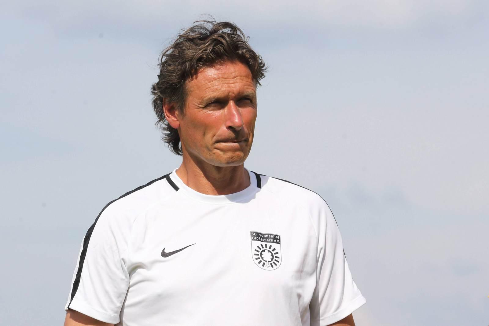 Oliver Zapel als Trainer der SG Sonnenhof Großaspach
