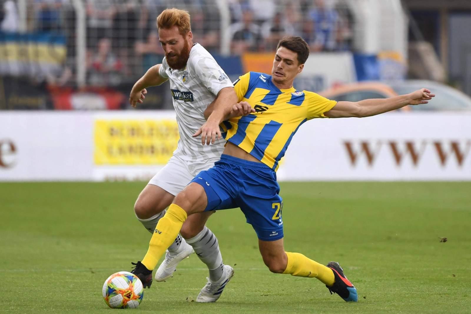 Nico Hammann von Carl Zeiss Jena gegen Danilo Wiebe von Braunschweig